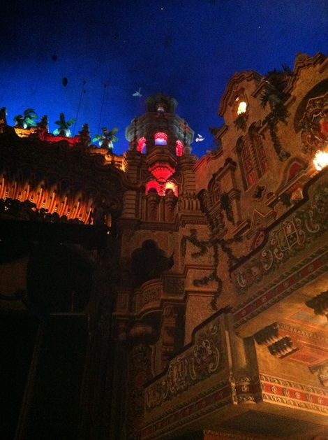 Majestic-theater-san-antonio-texas-arosyoutlook