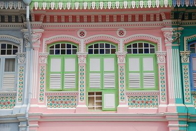 Pastel-houses-arosyoutlook-rosy-outlook