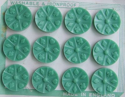 Mint-green-vintage-buttons-arosyoutlook