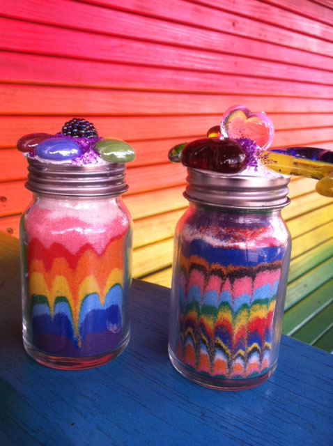 Sand-bottles-rainbow-arosyoutlook