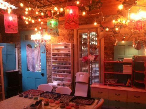 Art-studio-rosy-outlook-arosyoutlook